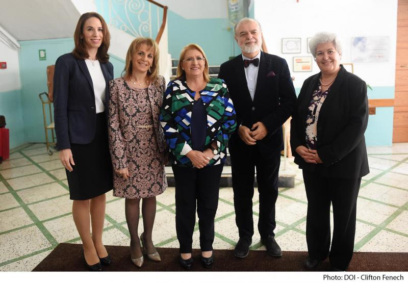From left: Ms Nectaria Metrakou Senior Public Affairs & Communications Manager Greece, Cyprus & Malta; Ms Maria Micallef Chief Operating Officer GSD Marketing; HE Ms Marie Louise Coleiro Preca President of Malta; Prof. Michael Scoullos GWP-Med Chairman; Ms Connie Richard, Head of Hellen Keller Resource Centre